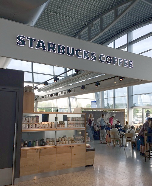 Starbucks-coffeee-EIndhoven-airport